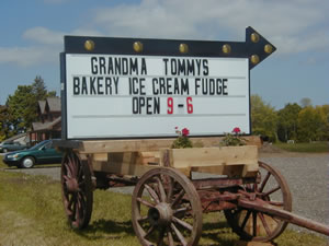 Grandma Tommy's Country Store Sign